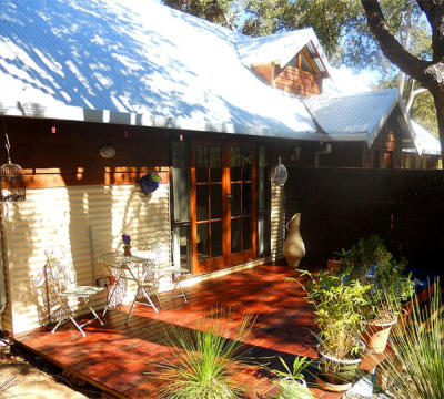 Accommodation close to Perth Airport|BnB Perth Hills